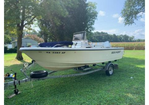 1997 Sea Hunt Center Console