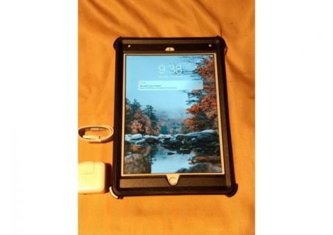 iPad 6th Generation 32 gb OtterBox Defender Case $255