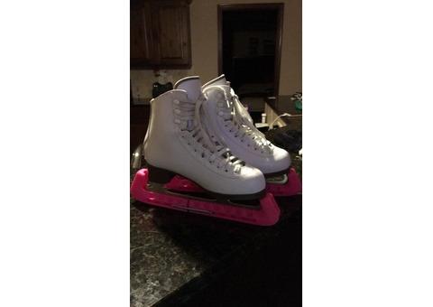 Jackson Glacier 520 Ice Skates